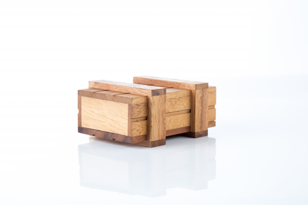 กล่องกล (เล็ก)