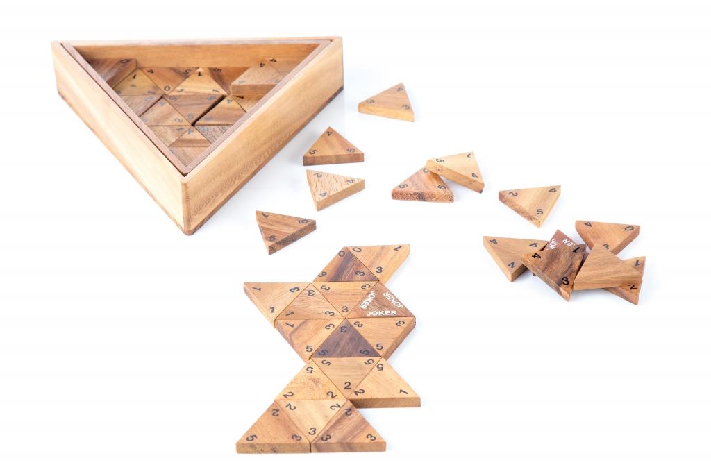 โดมิโน่สามเหลี่ยม (ตัวเลข)
