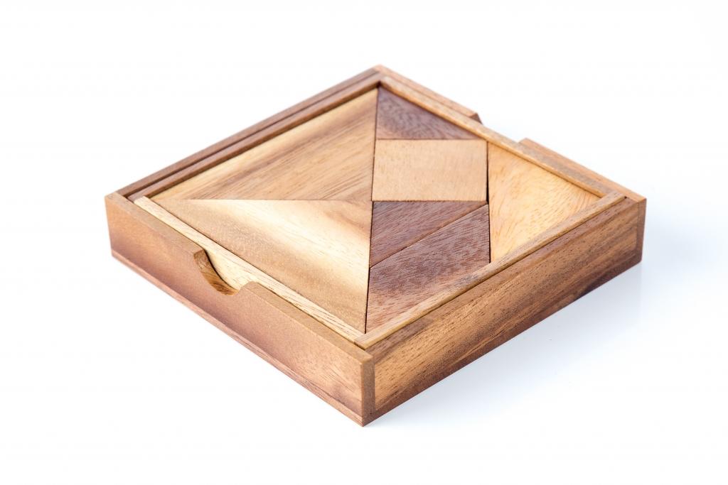 กล่องปริศนา 7 ชิ้น